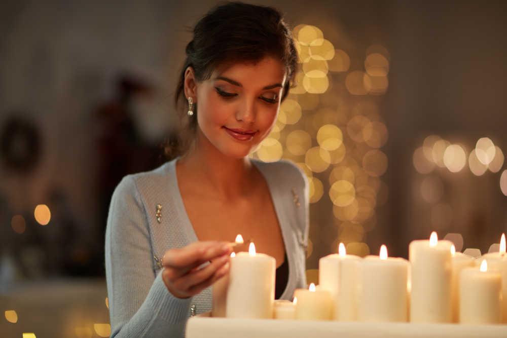 Truco: los influencers potencian su imagen en las redes sociales a la luz de las velas